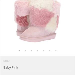 Youth uggs size 6 will fit an adult size 8